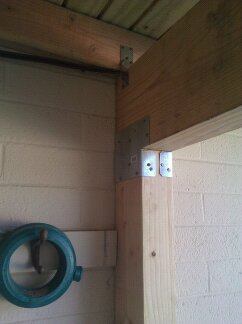 standard post to beam bracket